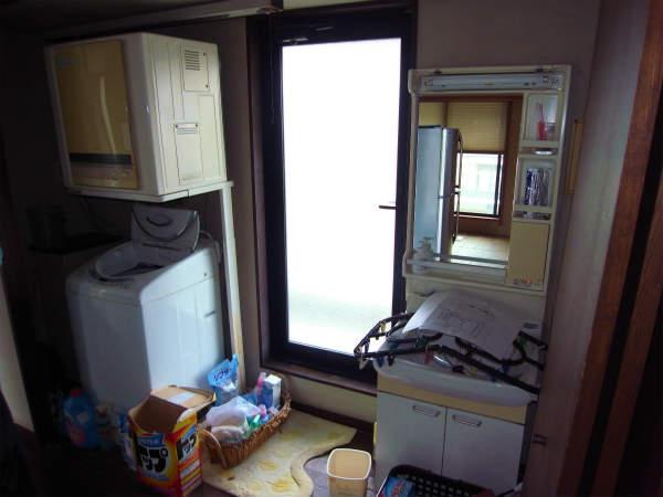 洗面化粧台の交換(排水管洗浄) 横浜 中区 一戸建て