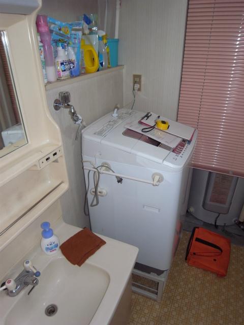 洗濯機の排水工事① 横浜 鶴見区 マンション